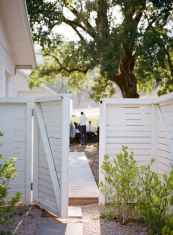 04 DIY Backyard Privacy Fence Design Ideas on A Budget