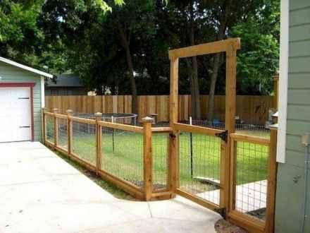 08 DIY Backyard Privacy Fence Design Ideas on A Budget