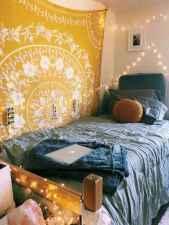 09 Cute Dorm Room Decorating Ideas on A Budget