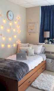 13 Cute Dorm Room Decorating Ideas on A Budget