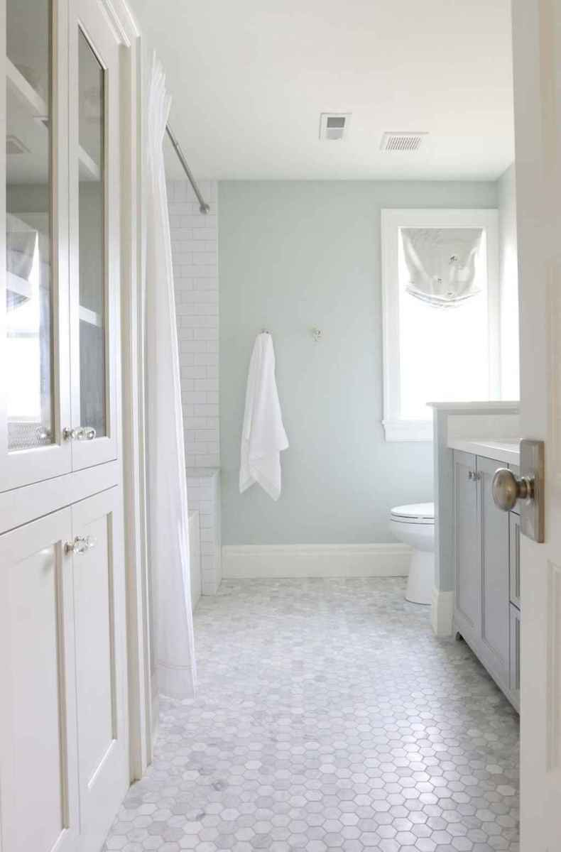 13 Modern Farmhouse Master Bathroom Remodel Ideas