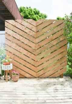 16 DIY Backyard Privacy Fence Design Ideas on A Budget