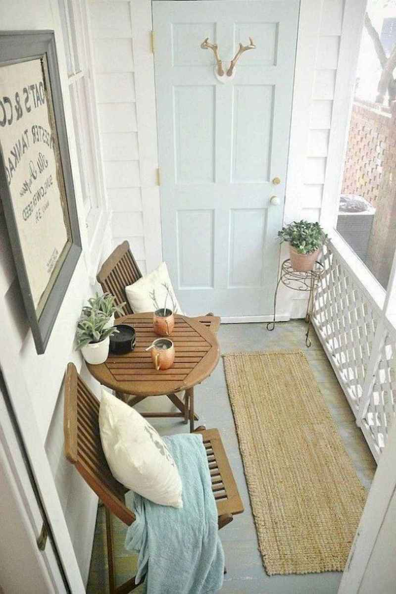 39 First Apartment Decorating Ideas on A Budget