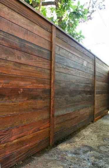 46 DIY Backyard Privacy Fence Design Ideas on A Budget