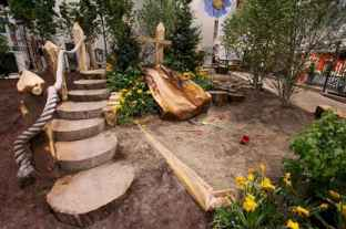 54 Exciting Small Backyard Playground Kids Design Ideas