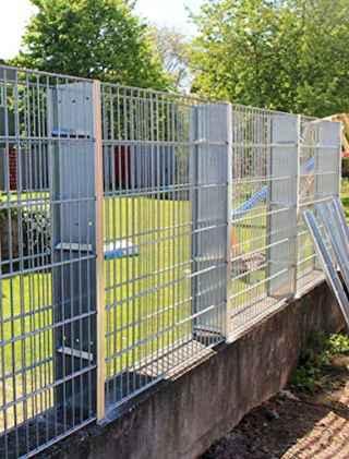 03 Fabulous Gabion Fence Design for Garden Landscaping Ideas