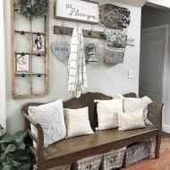 06 Inspiring Farmhouse Entryway Decor Ideas