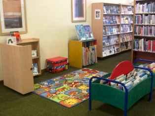 15 Cozy Reading Corner Decor Ideas