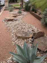 17 Awesome Front Yard Rock Garden Landscaping Ideas