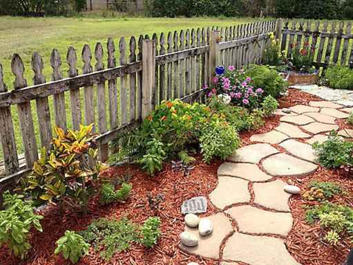 17 Fabulous Garden Path and Walkway for Front and Backyard Ideas