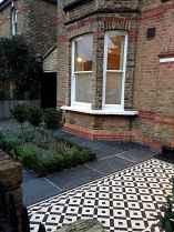 19 Beautiful DIY Mosaic Garden Path Decorations For Your Landscape Inspiration