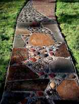 20 Beautiful DIY Mosaic Garden Path Decorations For Your Landscape Inspiration