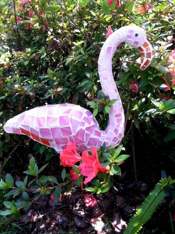 21 Excellent DIY Mosaic Garden Decoration Ideas for Front and Backyard Landscaping