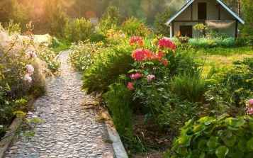 28 Beautiful DIY Mosaic Garden Path Decorations For Your Landscape Inspiration