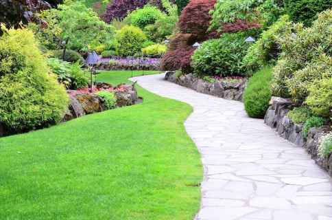 28 Fabulous Garden Path and Walkway for Front and Backyard Ideas
