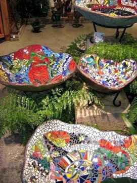 35 Beautiful DIY Mosaic Garden Path Decorations For Your Landscape Inspiration
