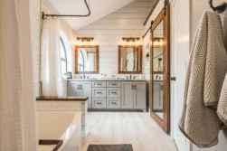 40 Awesome Farmhouse Bathroom Tile Floor Decor Ideas