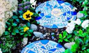 40 Beautiful DIY Mosaic Garden Path Decorations For Your Landscape Inspiration