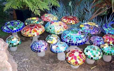 40 Excellent DIY Mosaic Garden Decoration Ideas for Front and Backyard Landscaping