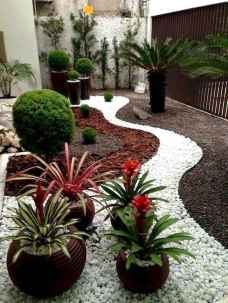 43 Beautiful DIY Mosaic Garden Path Decorations For Your Landscape Inspiration