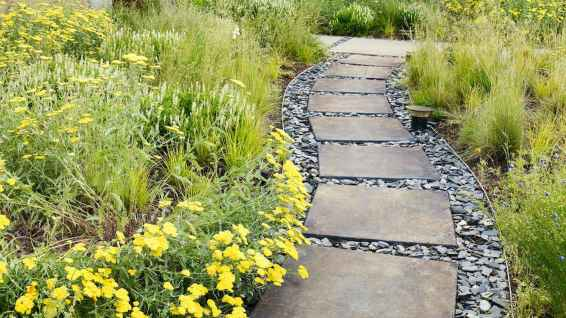 48 Fabulous Garden Path and Walkway for Front and Backyard Ideas