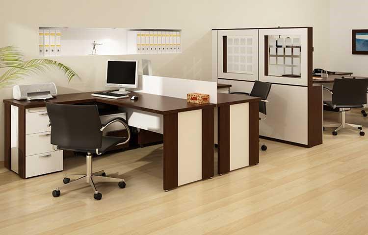 5 Tips Membeli Meja Kantor Sesuai Kenyamanan Karyawan - Mbiz Insight