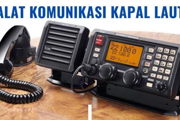 alat komunikasi kapal laut