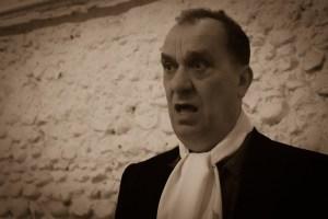 in situ: presents Richard Spaul in Hamlet