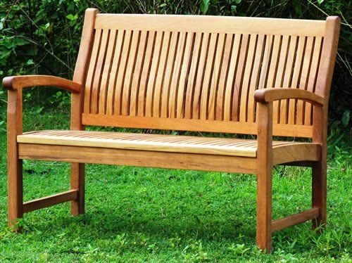 simple glinder bench for outdoor