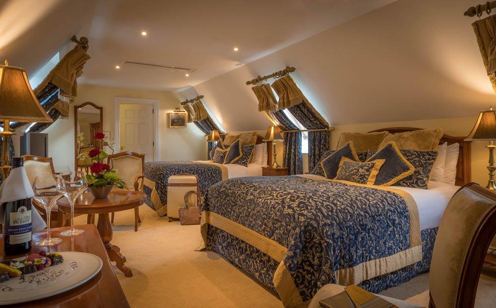 castle bedroom design