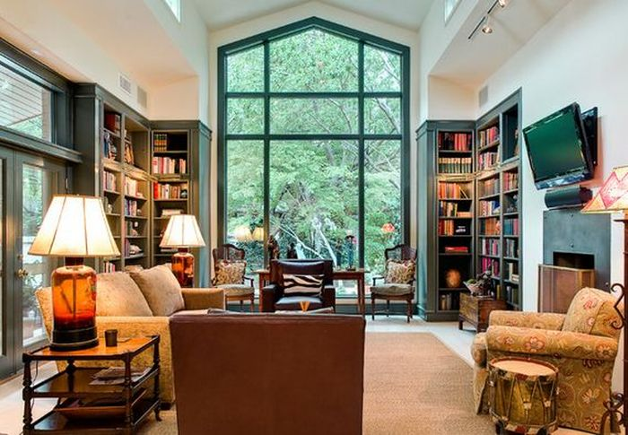 family room bookshelving design