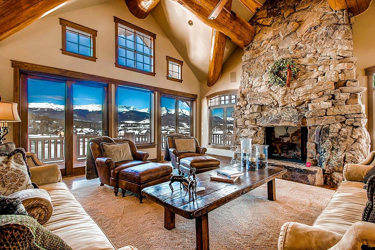wood furniture make it warm temperature in winter
