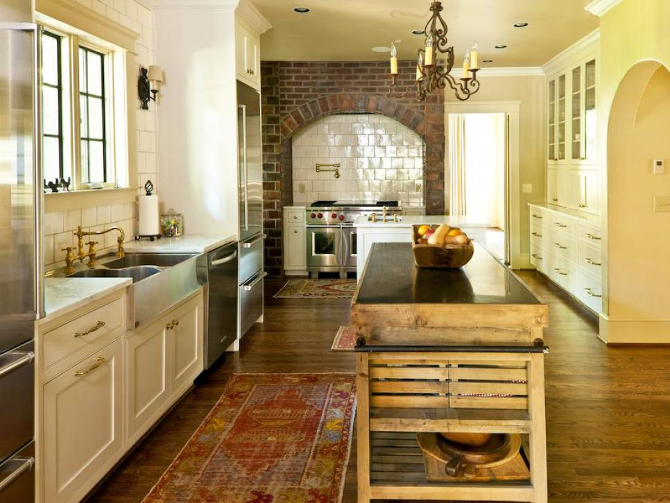 country kitchen flooring