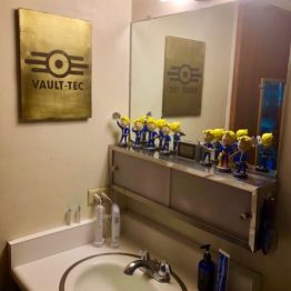 fallout, vault tec, fallout bathroom