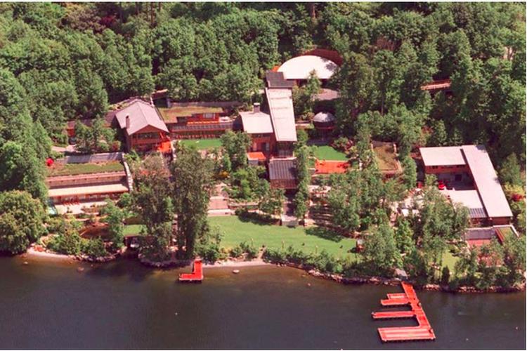 Ilustrasi rumah Bezos di daerah Seattle.