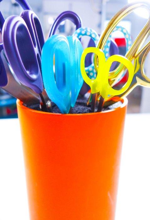 nähen lernen mit farbenmix - tipps für Nähanfänger - die richtige Schere