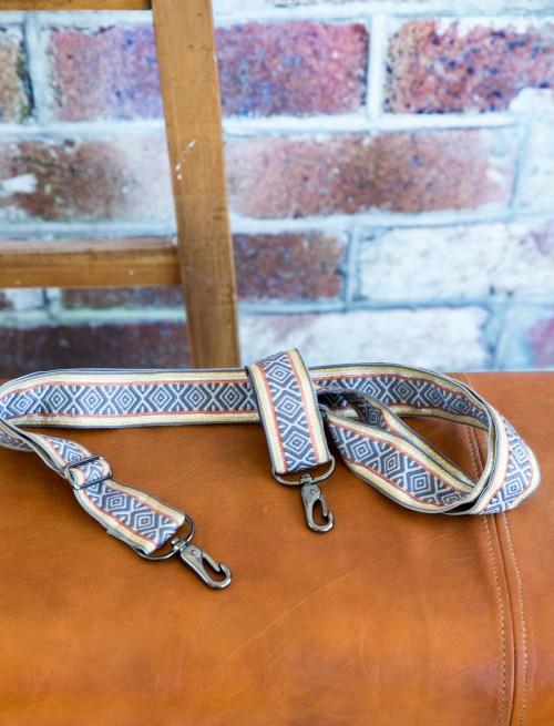 Taschenträger aus den hübschen Jacquard Bänder von farbenmix