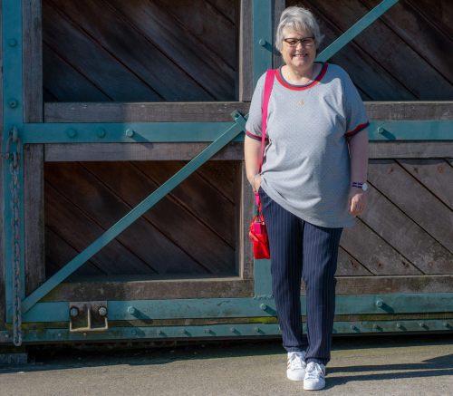 Format nähen by farbenmix - Komfort Hose Inspirationen für Hosen selber nähen für große Größen bis 60