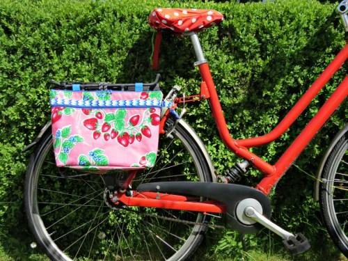 Tag des Fahrrads - näh dir was hübschen fürs Fahrrad - Lenkertasche von AMBAZAMBA