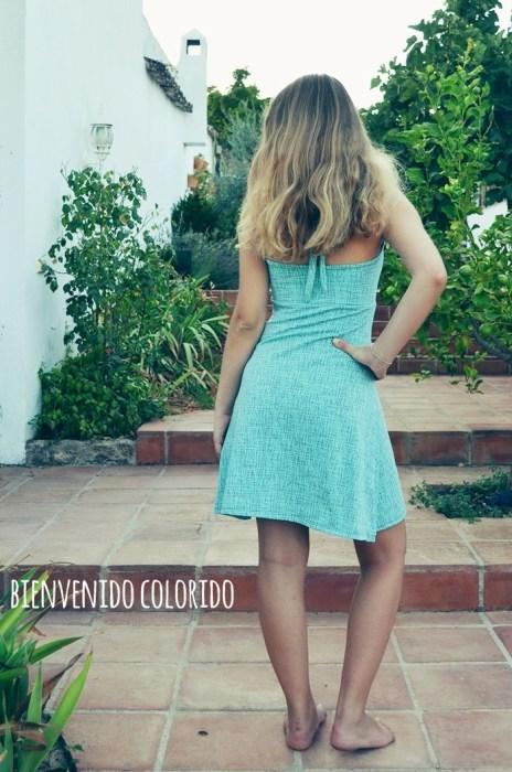 Schnittmuster Elena Rückenansicht Ebook Neckholderkleid für Teenager von farbenmix