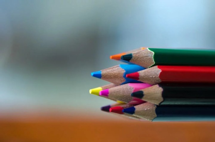 colored pencils blending