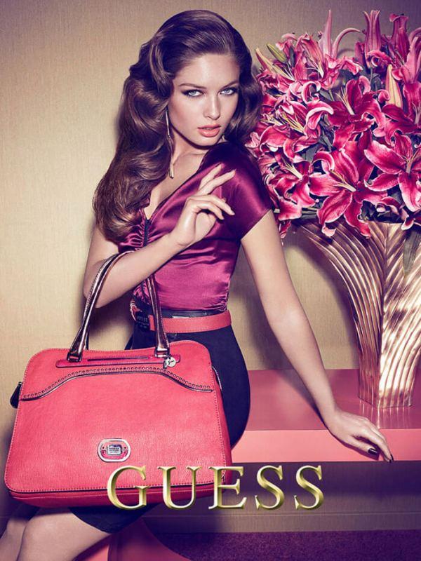 6_guess-handbag-ad