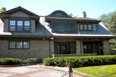 Warren Buffets Home in Omaha