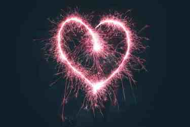 heart shape in sparkler
