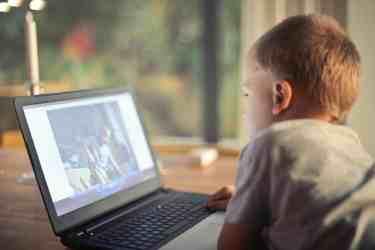 children use computer