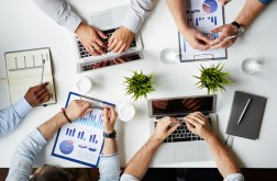 3 Tools Every Sales Team Needs to Close the Deal
