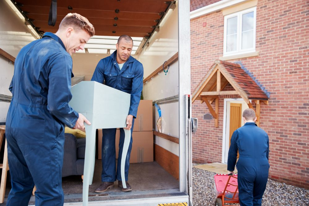 5 Tips to Help You Choose The Right Moving Company - Inspirationfeed