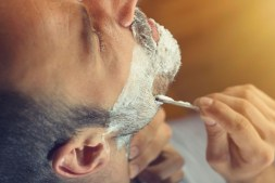 How to Reduce Shaving Discomfort