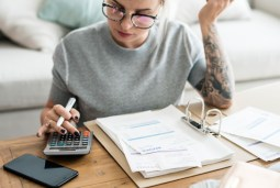 These 4 Invoicing Mistakes Are Stunting Your Growth