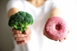 choosing between broccoli or junk food